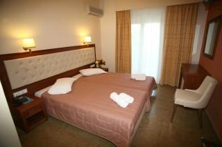 double room la cite hotel interior